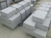 Spezielle Bestellung - Palisaden aus Granit, grau, gesägt und geflammt