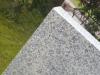 Palisade aus Granit, grau, Mittelkorn, gesägt und geflammt / Granitpfosten / Zaunpfosten aus Granit / Natursteinpfosten / Granitsäulen / Granitpalisaden / Granitstelen (Granit aus Polen)