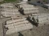 Gartensteine aus Gneis (Gneis-Gartensteine, 50-120 cm, UNTEN-GESÄGT) s.g. 'Stifte' - Naturstein aus Polen