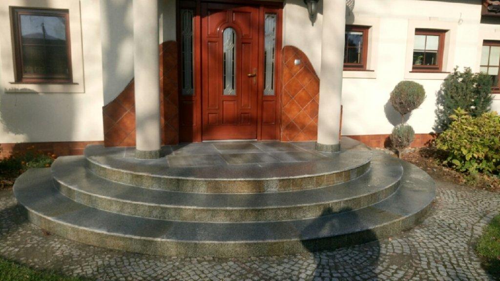 projekte produkte aus granit sandstein und transport b m granity. Black Bedroom Furniture Sets. Home Design Ideas