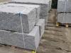 Granit-Mauersteine / Naturstein-Mauer / Granit-Mauer, grau, Mittelkorn, gespalten und gesägt-gespalten (Granit-Mauersteine aus Polen), Mauersteine für eine Natursteinmauer, Polengranit