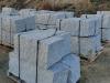 Granit-Mauersteine (Klasse 1) / Naturstein-Mauer / Granit-Mauer / Wasserbausteine, grau, Mittelkorn, allseitig gespalten (Granit-Mauersteine aus Polen), Mauersteine für eine Natursteinmauer, Polengranit