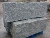Granit-Mauersteine / Naturstein-Mauer / Granit-Mauer, grau, Mittelkorn, allseitig gespalten (Granit-Mauersteine aus Polen), Mauersteine für eine Natursteinmauer, Polengranit