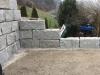 Kamień murowy z granitu, szary, średnie ziarno, łupany