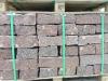 Rote Mauersteine / Naturstein-Mauer / Granit-Mauer aus skandinavischem Naturstein - Vanga, Mauersteine für eine Natursteinmauer