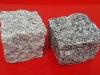 Granit-Pflastersteine, grau, Mittelkorn (trocken), allseitig gespalten und Pflastersteine aus Syenit (trocken), allseitig gespalten, Granit-Würfel, Syenit-Würfel, Natursteinpflaster (Pflastersteine aus polnischem Granit... Natursteine aus Polen), Pflastersteine aus Polen, Naturstein aus Polen