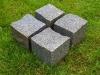 Kostka granitowa, cięto-łupana (dwie strony cięte, cztery strony łupane), szaro-ruda (polski mrozoodporny granit)