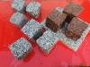 Granit-Pflastersteine, Granit-Würfel, Natursteinpflaster, Polengranit, gespalten (grau, Mittelkorn und rot /VANGA/), Pflastersteine aus Polen, Pflastersteine aus Schweden, Naturstein aus Polen