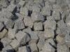 Kostka granitowa, szara, łupana, średnioziarnista (polski mrozoodporny granit)