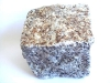 Kostka granitowa (szaro-złocista, średnioziarnista)