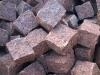 Kostka granitowa łupana, czerwona (Vanga - importowany mrozoodporny granit szwedzki)