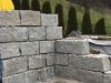 Granit-Mauersteine / Naturstein-Mauer / Granit-Mauer, grau, Mittelkorn, gesägt-gespalten (Granit-Mauersteine aus Polen), Mauersteine für eine Natursteinmauer, Polengranit