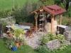 Gartenmöbel aus Serpentin und Trockenmauer aus Serzizit Schiefer (Mauersteine als Platten) - Foto von unseren Kunden