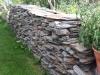 Trockenmauer aus Serzizit Schiefer (Mauersteine als Platten) - Foto von unseren Kunden