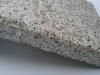 """Speziell, veraltete """"Antik-Platten"""" aus Granit - Variante A: die obere Fläche und Kanten geflammt (Granit Mittelkorn heutzutage nicht erhältlich)"""