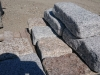 Granit-Mauersteine / Naturstein-Mauer / Granit-Mauer - grau (rustikal, getrommelt, gerundet und ohne scharfe Kanten)..., Granit-Mauersteine aus Polen, Mauersteine für eine Natursteinmauer, Polengranit
