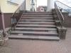 Cięte wyroby z kamienia polnego; schody z kolorowych kamieni polnych, płyty, blaty, stoły, meble, ławki ogrodowe i inne wyroby architektury krajobrazu